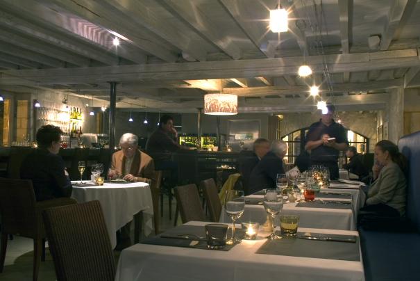 Laroche Winebar et Restaurant