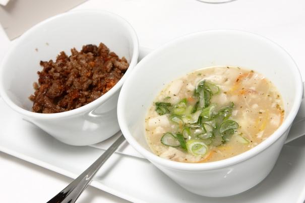 Klachlsuppe-soppa på grisfot med stekt bovete