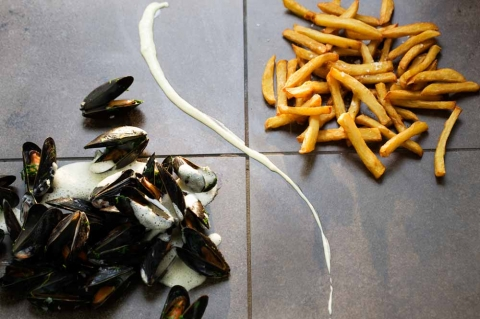 Moules frites med aioli