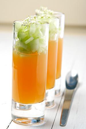 Cantaloupsnaps med gelé och lime- och flädermarinerad gurka recept
