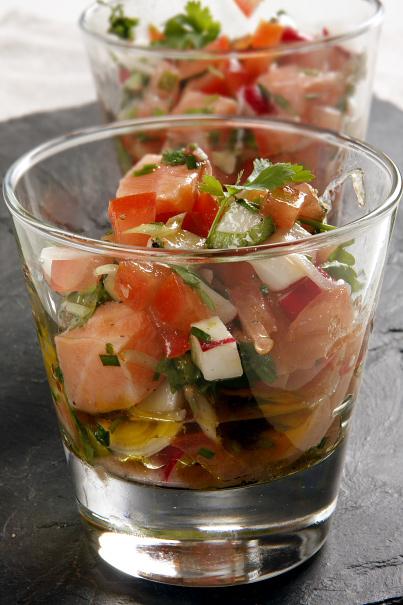 Ceviche på lax och tomat lampung(svart) och muntok vitpeppar